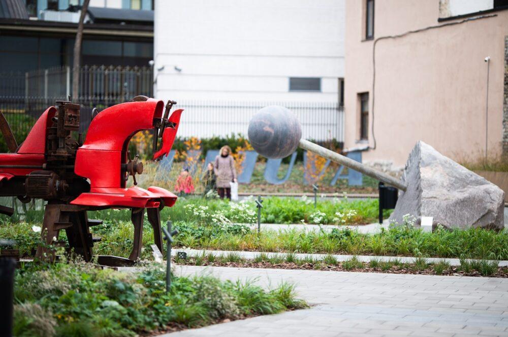 MO muziejus   skulptūrų sodas
